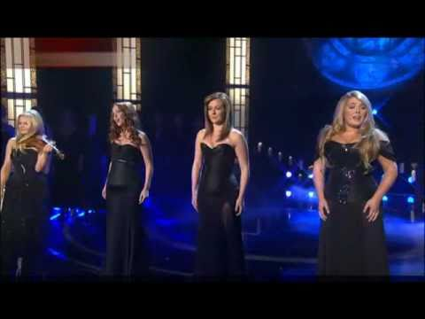 O Come All Ye Faithful -Celtic Women