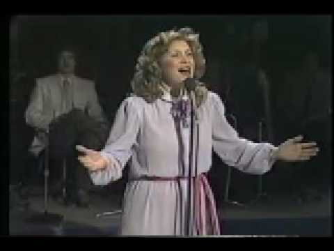 We Shall Behold Him – Sandi Patty